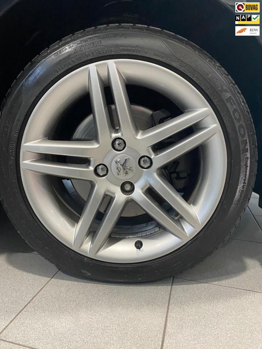 Peugeot-308-23